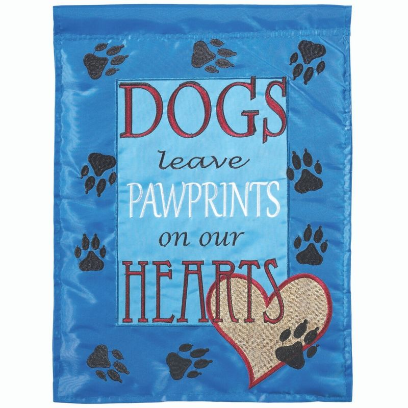 Pawprints Garden Flag