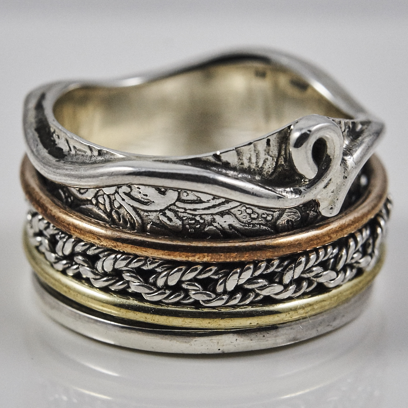 Twisted Spinner Ring
